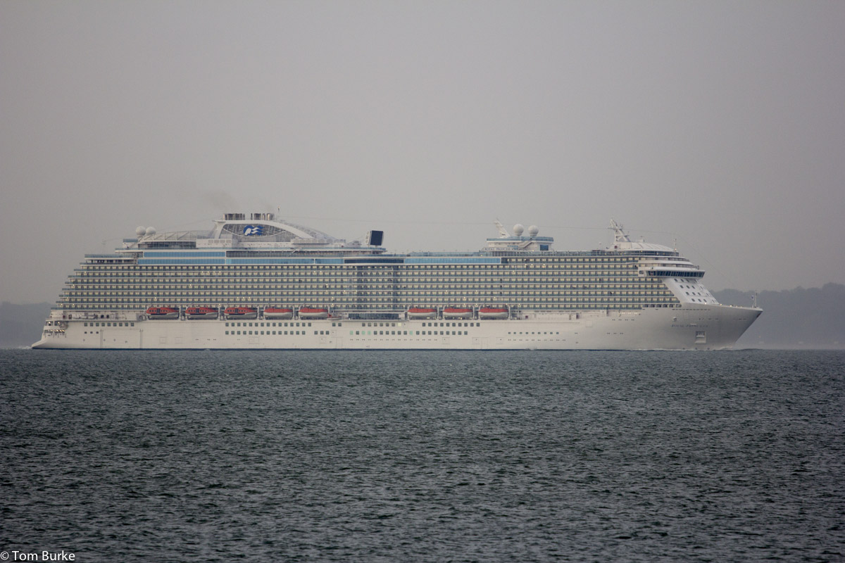 Royal Princess 06Jun2013_1200_1378